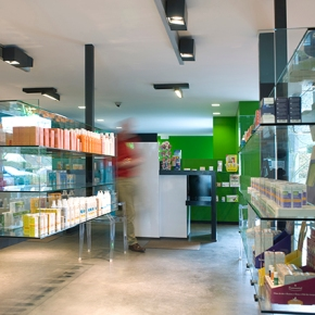 NOUVELLE CAMPAGNE VITRINES OFFICINES – PHARMACIE3.0